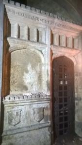 kensal green cemetery crypt archway door